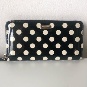 Beautiful Kate Spade ♠️ Polka dot wallet